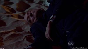 Sim. O cadáver de John Locke.